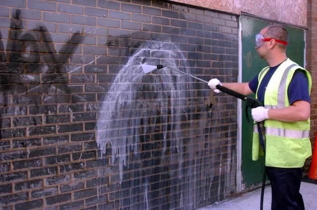 graffiti removal in spring field
