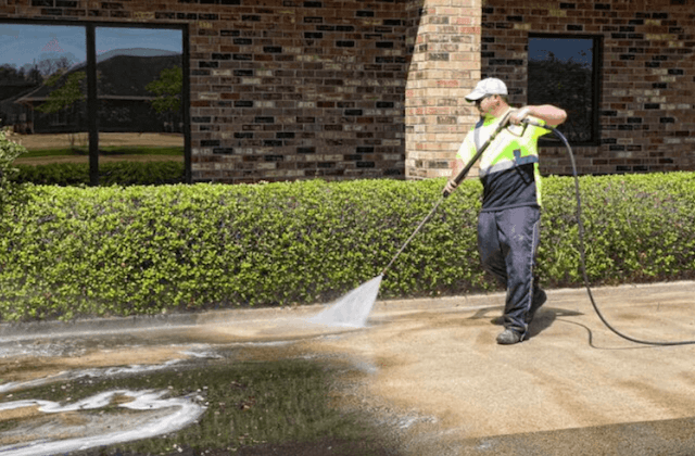 commercial concrete cleaning in spring field
